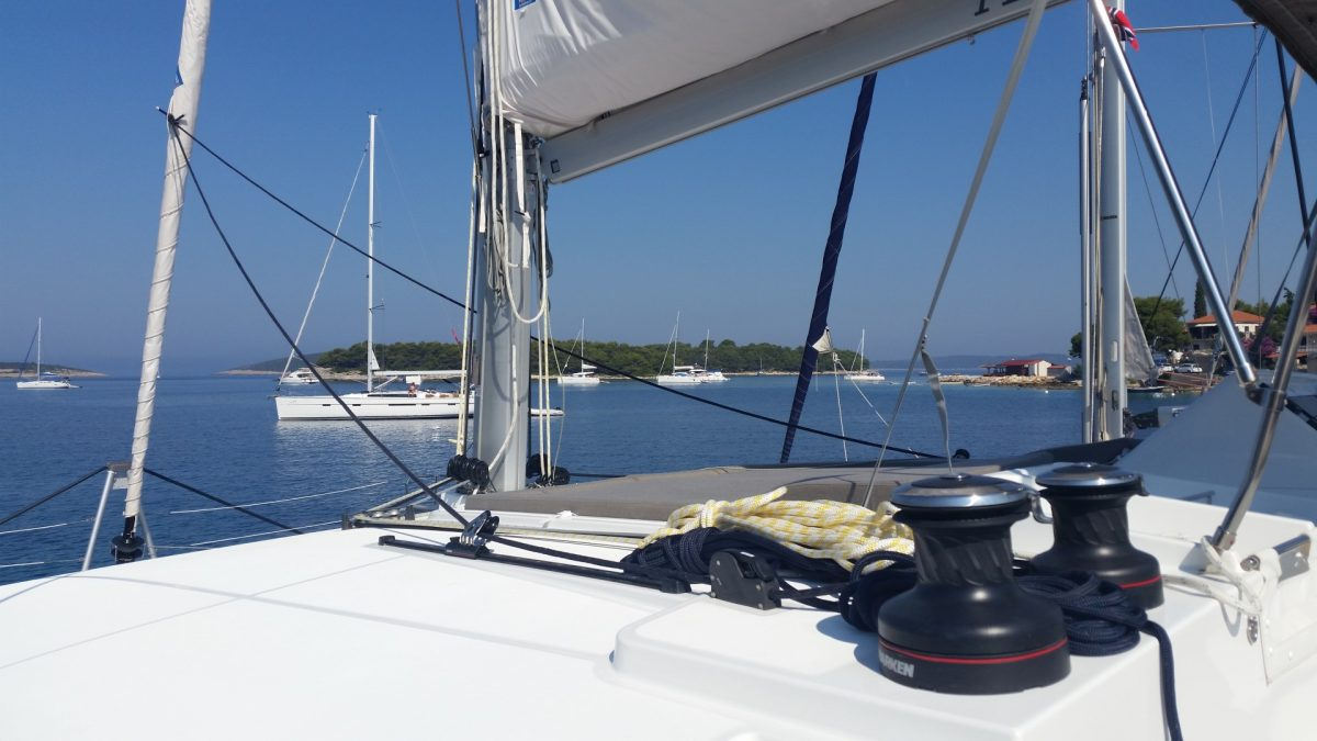 Почему прогулка на яхте полезна для здоровья?